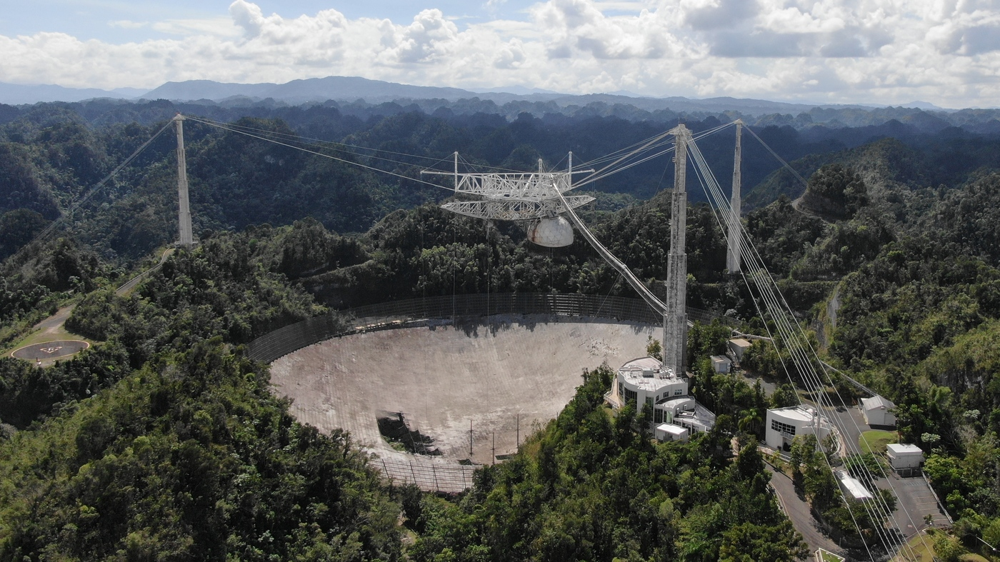 Arecibo Observatory Telescope Collapses, Ending an Era of World-Class Research