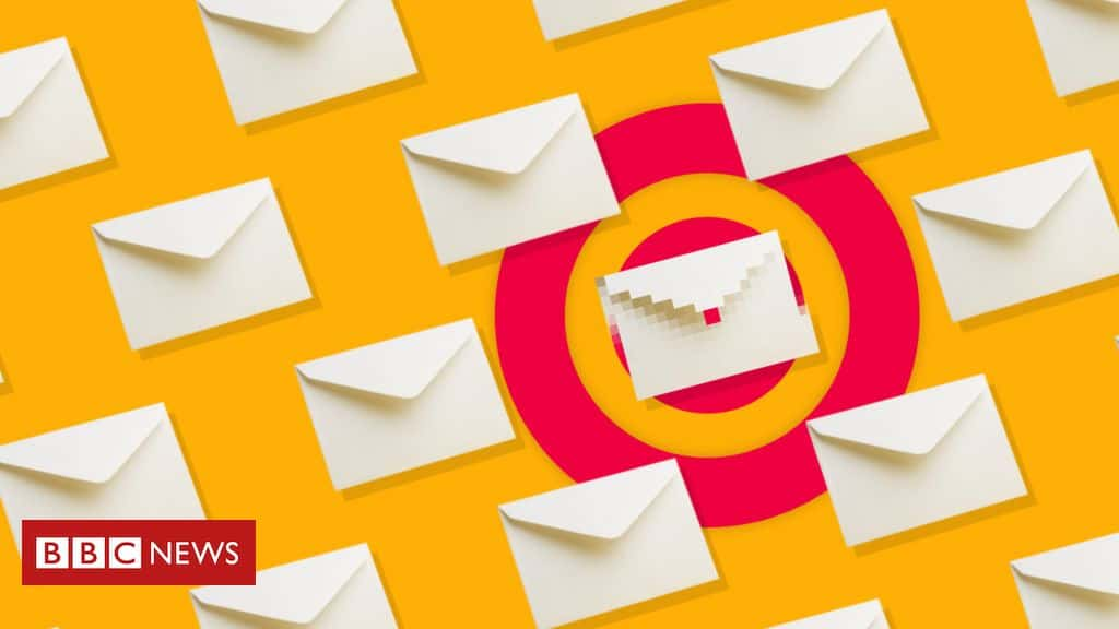 Spy pixels in emails have become endemic (BBC)